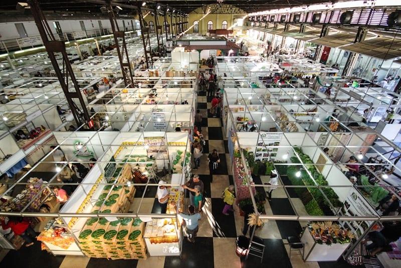 Artesãos e pequenos agricultores de Porteirinha e Serranópolis de Minas participam da 10ª edição da AGRIMINAS em Belo Horizonte.
