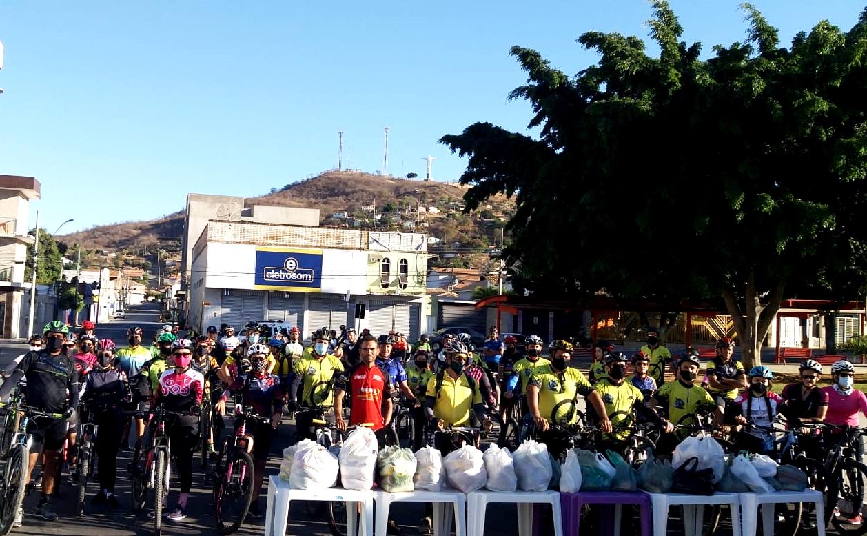 Pedal Solidário é realizado em Porteirinha-MG